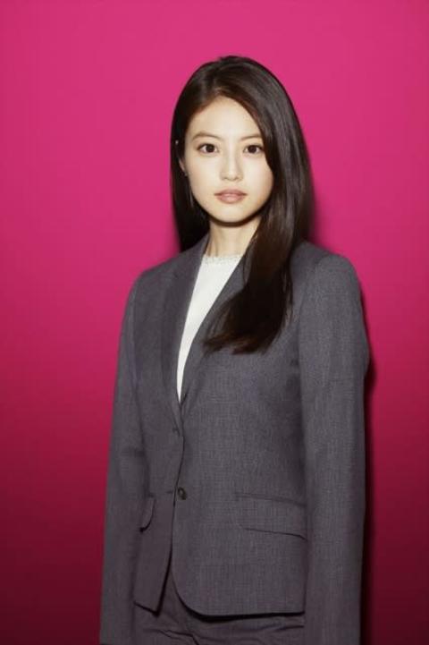 今田美桜、刑事役に本格初挑戦「徐々に、大人の階段を」
