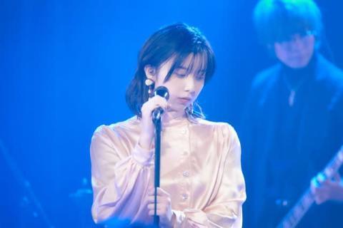 """adieu""こと上白石萌歌「ドキドキ」の初ライブ 9年前の自分に「夢がかなったよ」"