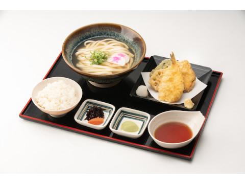 年末年始は「資さんうどん」へ!旬の味覚「ふぐ天ぷら祭り」を開催