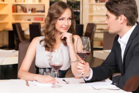 出会う前から勝負!男子が次も絶対デートに誘うと決める女子の行動