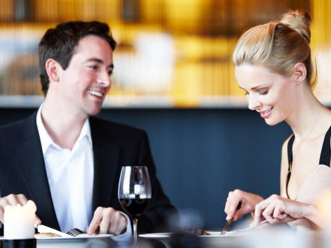 初デートで試してみて!食事で彼の心をがっちりつかむ方法