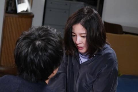 吉高由里子『知らなくていいコト』を知る 主人公ケイトの父は殺人犯?