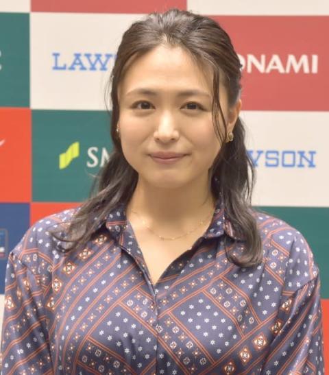 川村ゆきえ、結婚後初公の場 新婚生活に充実感「楽しくやっています」