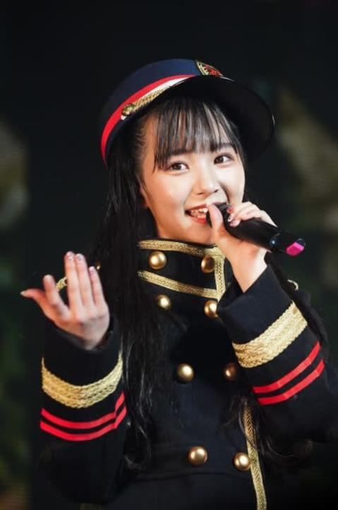 SKE48末永桜花、初ソロコンで鉄道愛炸裂 車掌風衣装で「出発進行!」