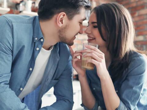 女性に「好きになってもらいたいだけ」の男性がとる行動