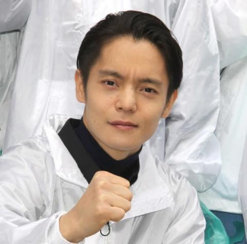 窪田正孝、歌舞伎町を清掃で汗 ごみ袋を手に1時間…主演映画の舞台に恩返し