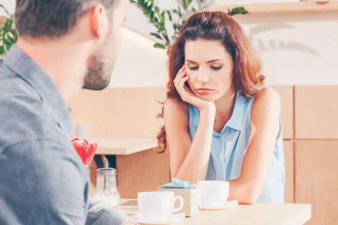 曖昧な関係が続いてモヤモヤ…本命かどうか聞き出す方法とは?