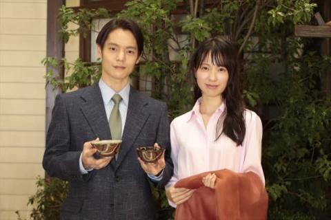 戸田恵梨香から窪田正孝へバトンタッチ 信楽焼の夫婦茶碗『エール』で使う?