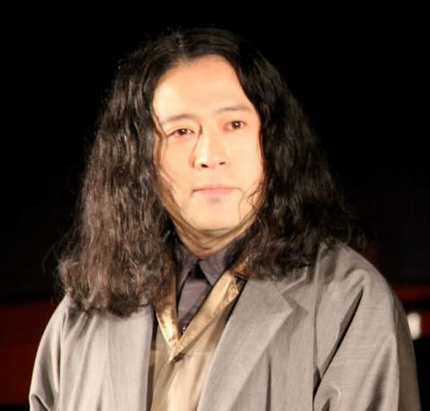 """又吉直樹、中国新聞で髪型""""ラーメン""""と紹介され苦笑い 松岡茉優「ウネウネしている」"""