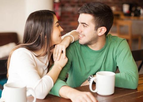 おれ、愛されてるなあ…男性が「愛を感じる」彼女の言動とは?