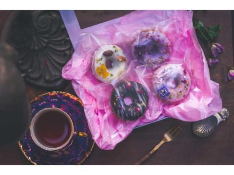 お花の焼きドーナツ専門店 「gmgm」がオンラインショップをオープン!
