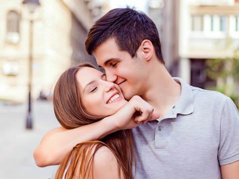 男子が思う「素直でかわいい女子」ってどんな子?具体的な特徴とは