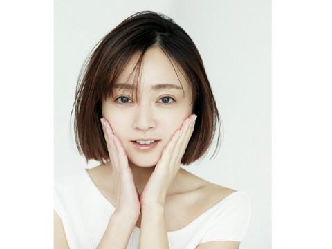奇跡の38歳!女優・安達祐実が史上最年長表紙を飾る「CanCam」6月号発売