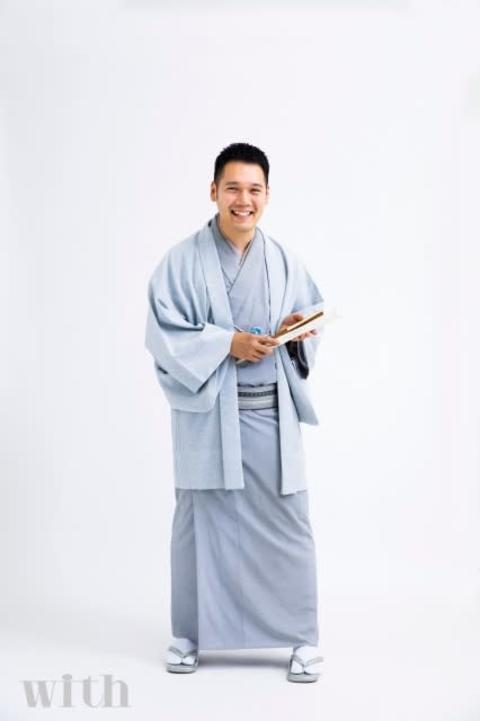 神田伯山、世の女性へポジティブメッセージ リモート取材で妻も登場
