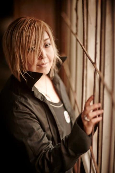 緒方恵美、『MIU404』公式キャラクターの声を担当 会話できるAIアプリがサービス開始