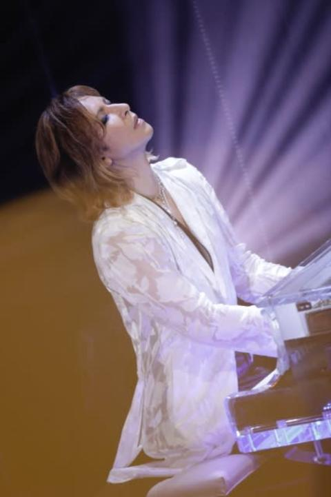 YOSHIKI、NHK『ライブ・エール』に緊急出演 LAから「Forever Love」