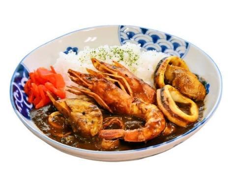 磯丸水産×ゴーゴーカレー!55日間限定で魚介たっぷりオリジナルカレー発売