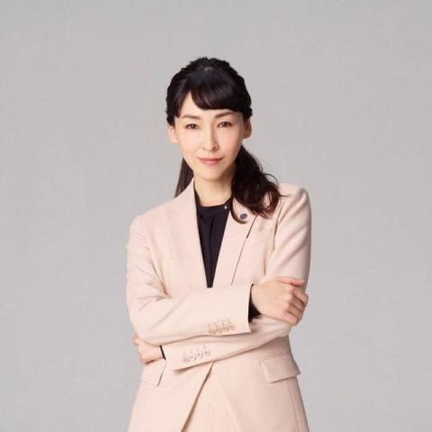 『MIU404』ヒットを下支えする麻生久美子 主演を引き立たせる女優歴25年の凄み