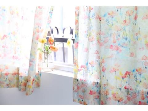 窓辺に彩りを!花柄のプリントや刺繍を施した新作カーテン16商品が登場