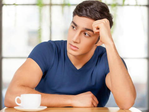 ひとりになりたいんです…男性が恋に積極的になれない時期って?