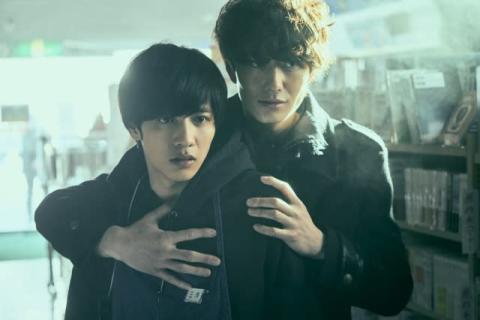 岡田将生×志尊淳×平手友梨奈共演の映画『さんかく窓の外側は夜』、来年に公開延期