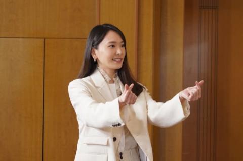 新垣結衣、ナイナイ結成30周年をサプライズ祝福 岡村隆史は思わず告白「す…好きです」