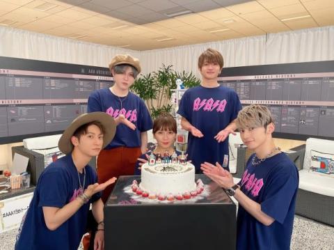 AAA、デビュー記念日に生配信イベント「15周年、応援いただきありがとうございます」