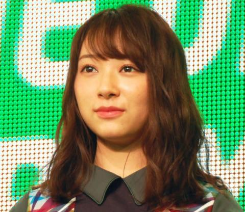 留学延期の佐藤詩織、欅坂46卒業発表「櫻坂46には参加しないことを決めました」