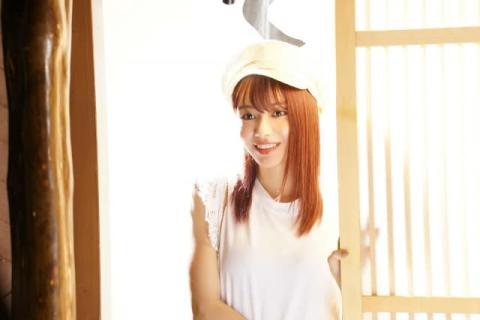 山本舞香、23歳誕生日に『とんかつDJアゲ太郎』場面写真解禁