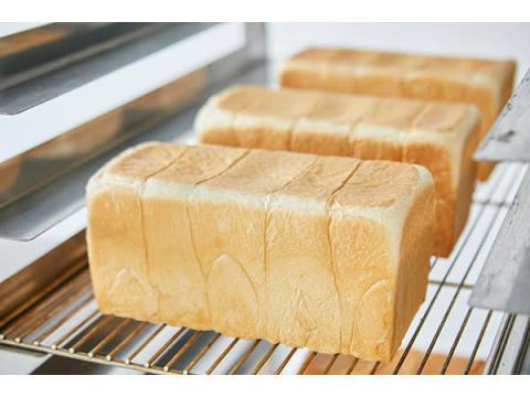 もちもち食感が好評!「湯種食パン」の食パン専門店『高匠』足利にオープン