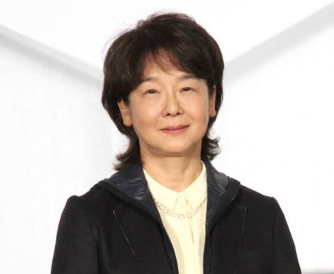 田中裕子、6年半ぶり映画舞台あいさつで笑顔 15年ぶり主演で観客に「弾けてもらえたら」