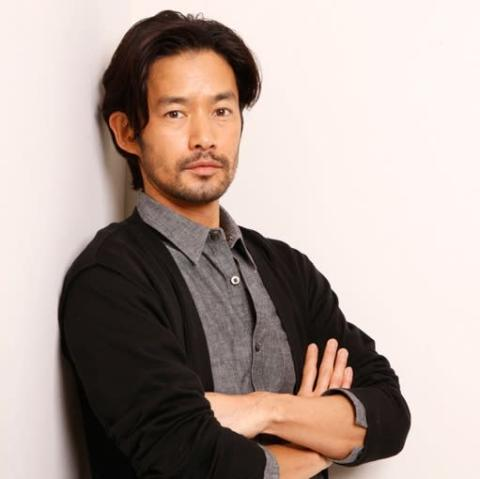 """男性が選ぶ""""なりたい顔""""、アラフィフ俳優・竹野内豊が2年ぶりの首位返り咲き"""