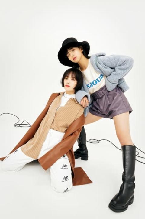 "FAKY、私服ベースの""黒髪ガール冬ファッション""提案 撮影中も息ピッタリ"