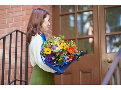 フラワーロスを削減!ルドン&ロートレック作品をイメージした花束が登場