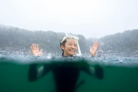 木村文乃「長らくお待たせしました!」 7年ぶりにカレンダー発売