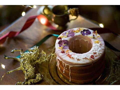 予約でプレゼントがもらえる!クリスマス限定「お花のドーナツバウム」登場