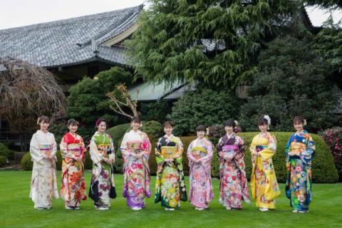 オスカー美女9人が恒例晴れ着姿 本田望結・紗来は初の姉妹参加で艶やか共演