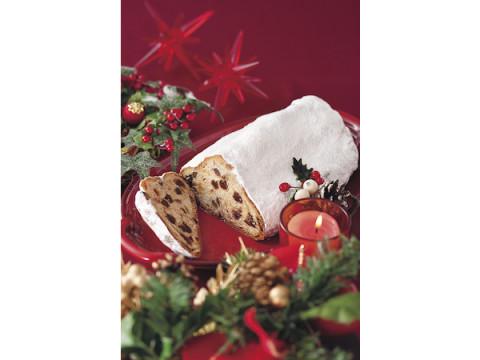 素材の食感を楽しめる!「HOKUO」のクリスマス限定「シュトーレン」