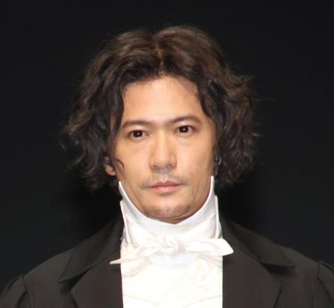 稲垣吾郎、癖毛役で地毛と勘違いされ照れ ウィッグかぶりベートーヴェン再現も「間違えられます」