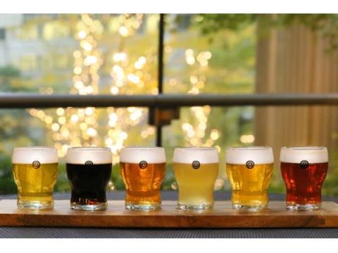 """丸の内の開放的なテラス席で""""COEDOビール""""飲み比べセットを楽しもう!"""