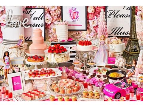 バービーコラボ!ピンクにあふれたビュッフェ「ストロベリーホリック~Barbie in Paris~」
