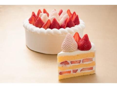 こだわりケーキが月替わりで!第1弾は「極上ストロベリーショートケーキ」