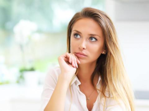好きでもない人に好かれる女性がやっている無意識の行動