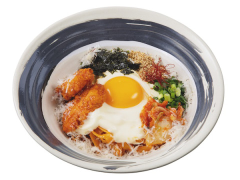 韓国チキンがパスタに!「生カルボナーラ専門店」に冬の新メニューが登場