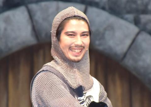 賀来賢人、福田組らしさあふれるミュージカル出演「『で、なんの話だったんだろう』で終われる」