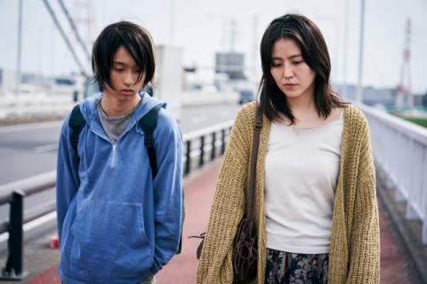 長澤まさみ主演『MOTHER マザー』 毎日映画コンクール日本映画大賞