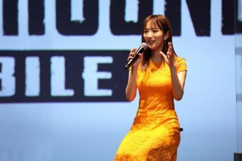 夏菜、結婚発表後初イベント登場 ゲームきっかけで親密に「これは『PUBG婚』ですね」