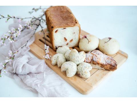 """パン屋「ふじ森」に春到来!桜香る""""SAKURA Breads""""が期間限定で登場"""