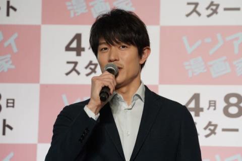 鈴木亮平、役作りでペン回しが癖に「漫画と同じくらい練習」