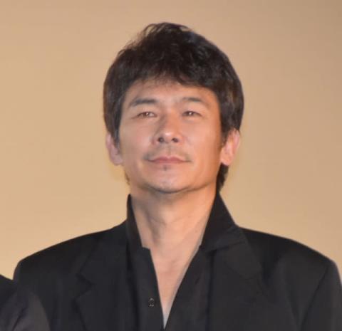 伊原剛志、独立後初出演作は「謙虚な気持ちで」 坂口健太郎のアクションにギャップ萌え
